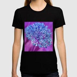 Allium 137 T-shirt