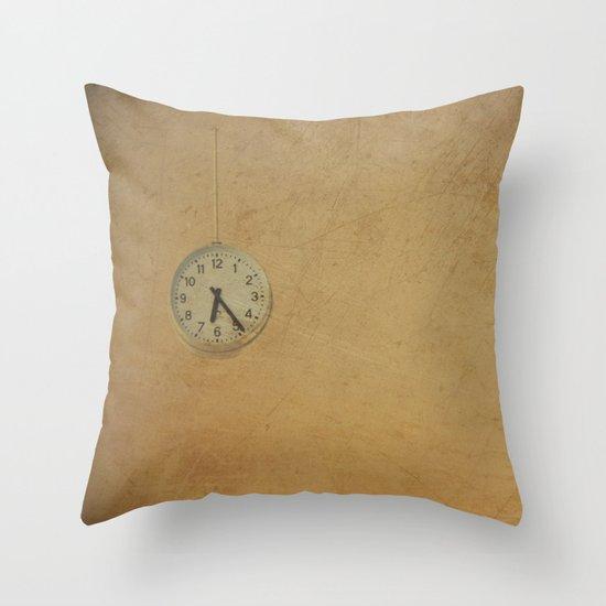 Time up!! Throw Pillow
