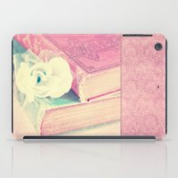 books iPad Cases featuring BOOKS by VIAINA