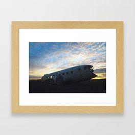 Flugvélaflak DC3 Plane wrek Framed Art Print
