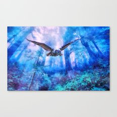 Owl flight Canvas Print