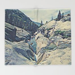 Kings Canyon, California Throw Blanket