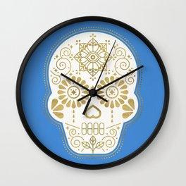 Día de Muertos • Mexican Sugar Skull – Blue & Gold Palette Wall Clock