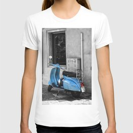 Blue Vespa in Venice Black and White Color Splash Photography T-shirt
