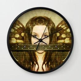 Mute witness Wall Clock