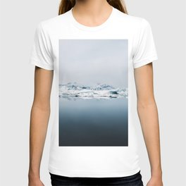 Ethereal Glacier Lagoon in Iceland - Landscape Photography T-shirt