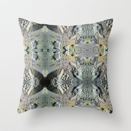 Two lob sect. Throw Pillow