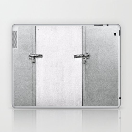 closed#04 Laptop & iPad Skin