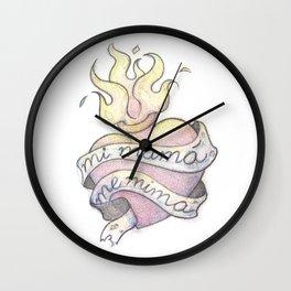 Mi mamá me mima :) Wall Clock