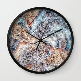 winter leaves pattern Wall Clock