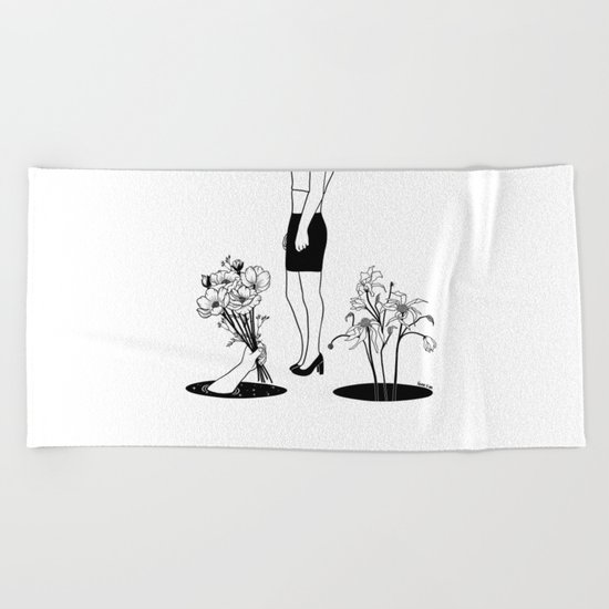 New love, Same old mistakes Beach Towel