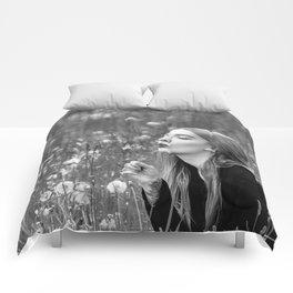 Light Breathing b&w Comforters