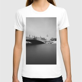 paris - pont alexandre III T-shirt