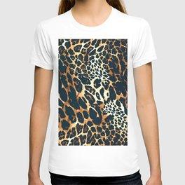 Leopard fur animal print hand painted vintage illustration pattern T-shirt