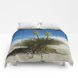 Soap Yucca In The White Sands Dunes Comforters
