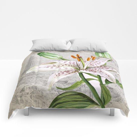 Macro Flower #3 Comforters