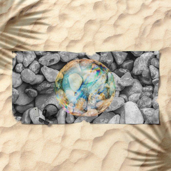 BUBBLE BEAUTY Beach Towel