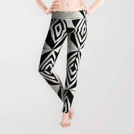 Tribal Shibori Stars Black and Cream Leggings