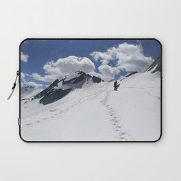 Aiming high Laptop Sleeve