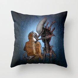 ALIEN (XENOMORPH) ILLUSTRATION Throw Pillow