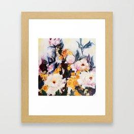 Roses au réveil Framed Art Print