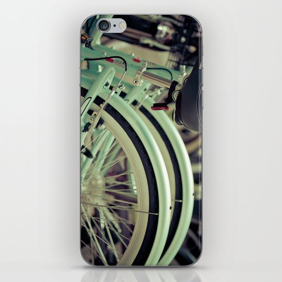 """Life is like a ten speed bicycle. Most of us have gears we never use."" ~Charles M. Schulz~ iPhone Skin"
