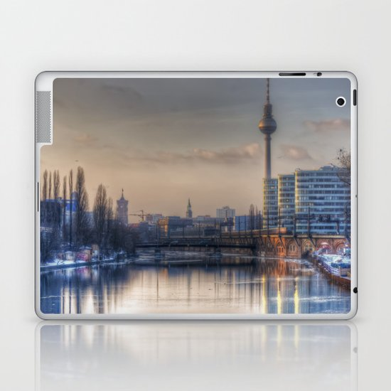 Tv sunset Laptop & iPad Skin