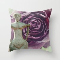 queens of the stone age Throw Pillows featuring Queens by freedom-of-art