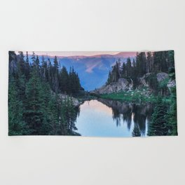 Hikers Bliss Perfect Scenic Nature View \ Mountain Lake Sunset Beautiful Backpacking Landscape Photo Beach Towel