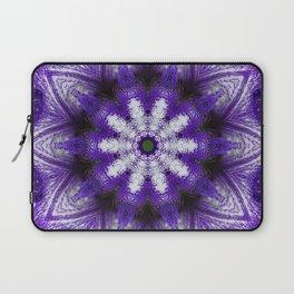 Glowing Violet Star - Iris Stepping Out Kaleidoscope Laptop Sleeve