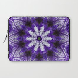 Glowing Violet Star - Iris Stepping Out Kaleidoscope Laptop Sleeve