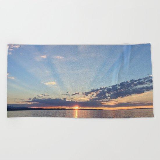 A Seattle Sunset Beach Towel