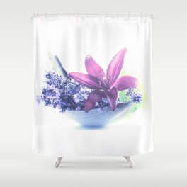 Summer flower pattern lilies and lavender Shower Curtain
