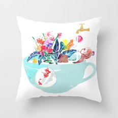 Tropical milk dream Throw Pillow