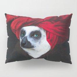 Portrait of a Madagascar Bear Pillow Sham