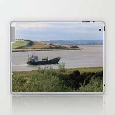 Ship into Launceston Docks* Laptop & iPad Skin