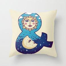 sun loves moon Throw Pillow