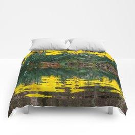 YELLOW DAFFODILS WATER REFLECTION PATTERN Comforters