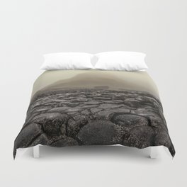 The land of mountains and stones Duvet Cover