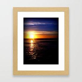 Sinking Sun with Vignette Framed Art Print