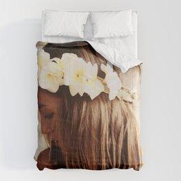 Hawaiian Girl Comforters