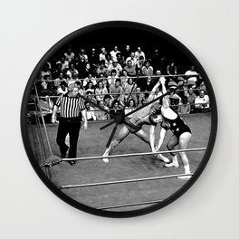 Kevin VonEric vs Frank Star Wall Clock