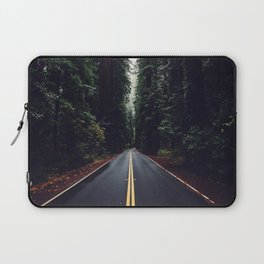 The woods have eyes Laptop Sleeve