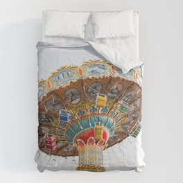 Santa Cruz Tilt A Whirl Comforters