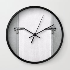 closed#04 Wall Clock