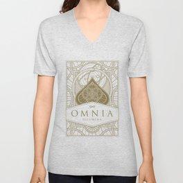 Omnia Illumina tuck box Unisex V-Neck