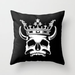 horned and crowned skull illustration Throw Pillow