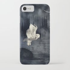 The owl and her mystical moon Slim Case iPhone 7