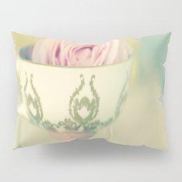 John Aynsley teacup with rose  Pillow Sham