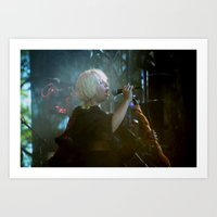 amy sia Art Prints featuring sia live by lizbee